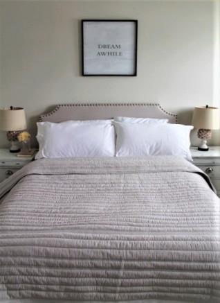 farmhouse_guestroom